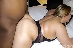Ashley Rider fucks Dee Blackwood