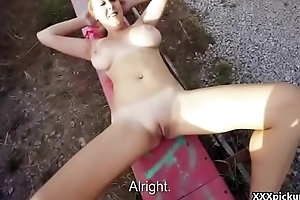 Public Pickups - Amateur Czech Floosie Suck Dick Outside For Euro 27