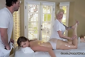Giselle palmer gets amazing sex during massage