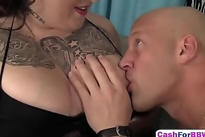 Flawless fat brunette wet pussy licking