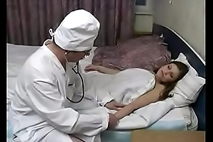 The old doctor makes the young girl to sex respecting him
