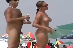 Nude Beach - Superb Babes Like the Attention